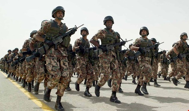 Photo of مصدر مصري ينفي عرض القاهرة على السعودية إرسال 40 ألف جندي إلى اليمن