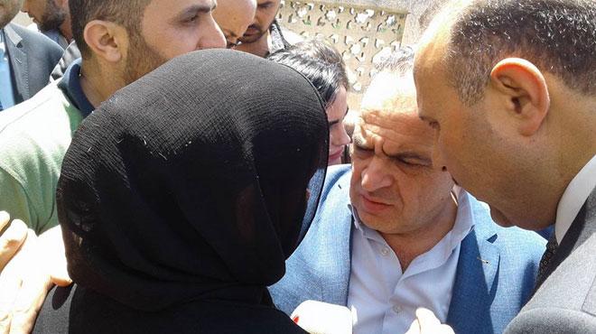 Photo of خميس يزور أهالي شهداء حماه .. وتوجيهات بمشاريع تنموية تخدم الأرياف