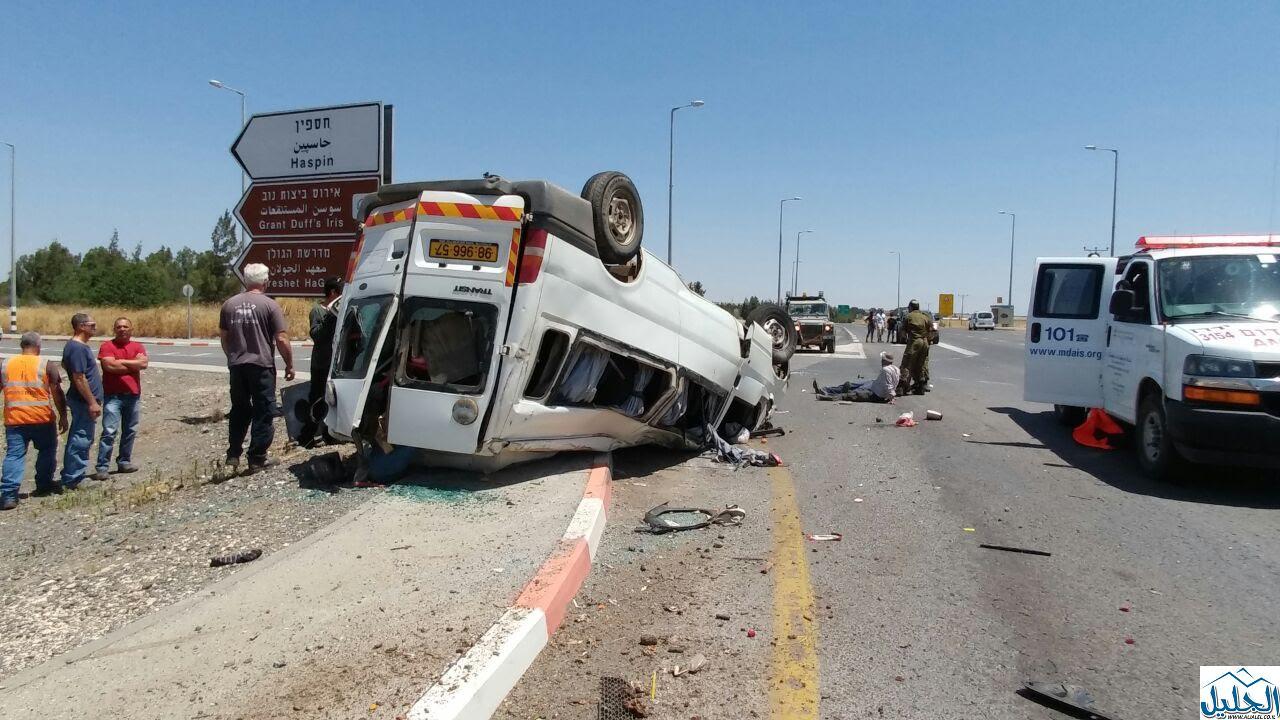 Photo of حادث طرق مروع وانقلاب سيارة تجارية قرب مفرق خسفين في جنوب الجولان