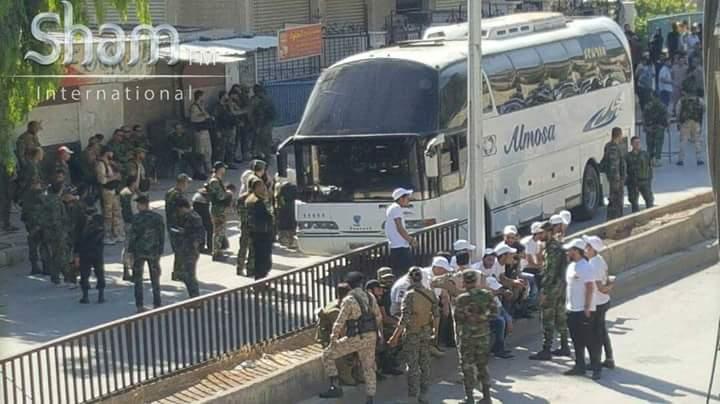 Photo of حي برزة يلفظ آخر مسلحيه إلى الشمال السوري