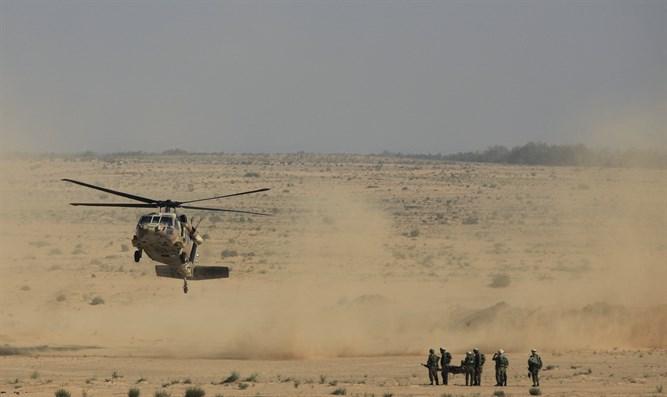 Photo of فلسطينيون يستولون على معدات عسكرية اسرائيلية