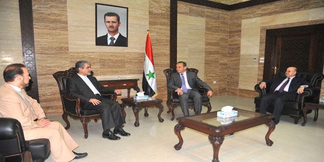 Photo of تبادل خبرات صحية ودوائية بين سوريا وايران