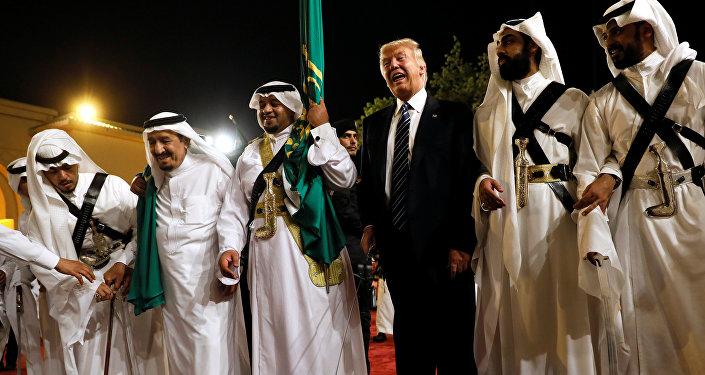 Photo of ترامب عبر توتير: قادة العرب أكدوا لي أن قطر ممول الارهاب