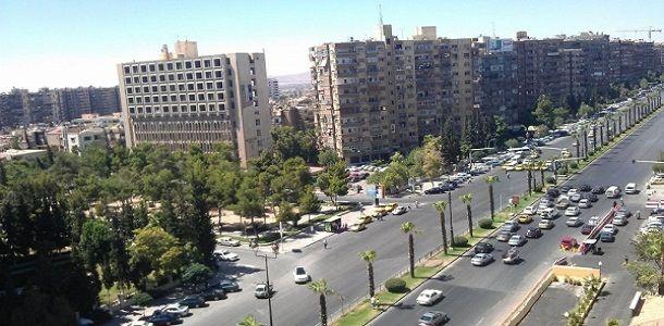 Photo of بعد عودة الأمان.. فتح طريق برزة