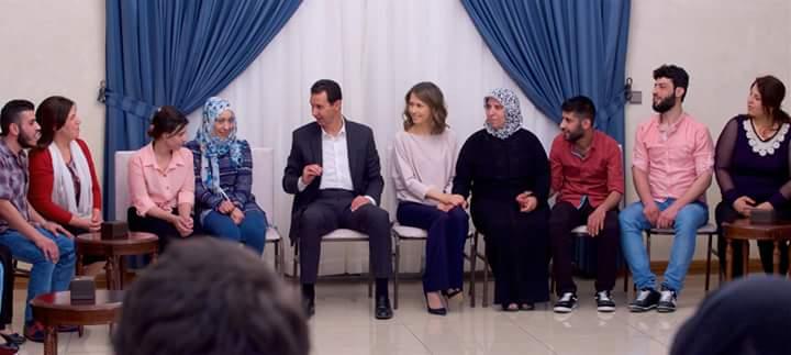 Photo of الاسد يستقبل المخطوفين المحررين من برزة