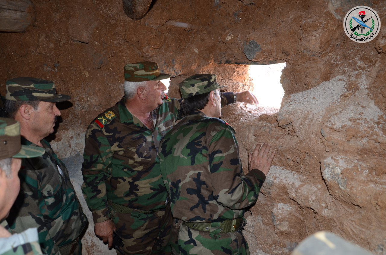 Photo of بتوجيه من الأسد.. الفريج يزور قواتنا بالجنوب