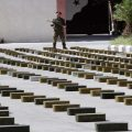 """ضبط أسلحة امريكية واسرائيلية كانت بطريقها لإرهابيي """"القلمون"""""""