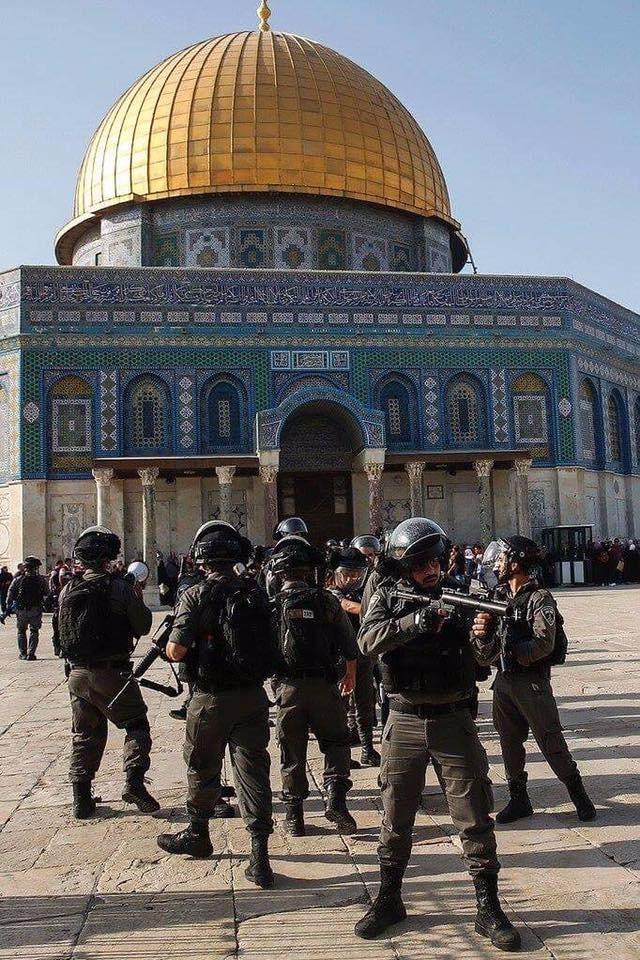 Photo of اجراءات اسرائيلية لحرمان الفلسطينيين من الصلاة بالأقصى