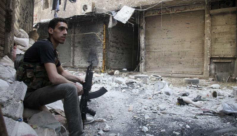 Photo of مخيم اليرموك.. إما الاستسلام أو الحسم العسكري