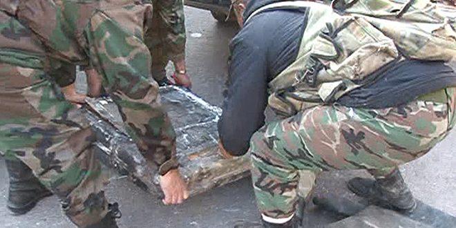 Photo of ضبط سيارة محملة بالاسلحة بريف حمص الغربي