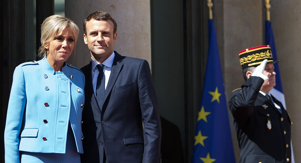 Photo of 57% من الفرنسيين غير راضيين عن ماكرون