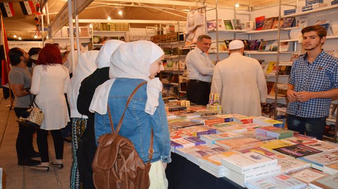 """Photo of """"معرض الكتاب"""" يبدأ دورته الـ ٢٩ بمكتبة الأسد"""