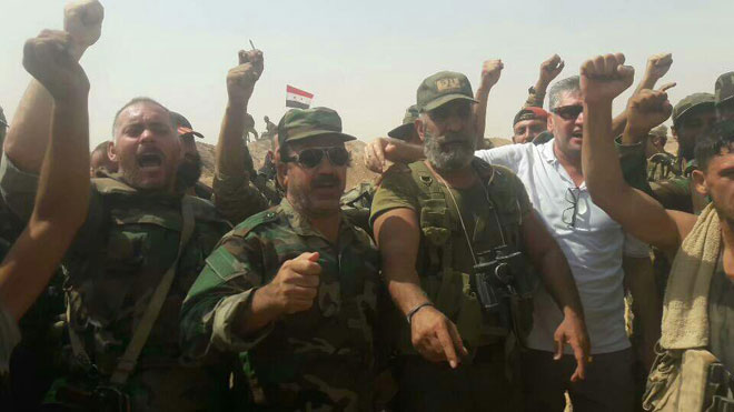 Photo of اللجنة الشعبية للتضامن مع سورية وقيادتها الوطنيه تهنيء بالانتصارات السوريه