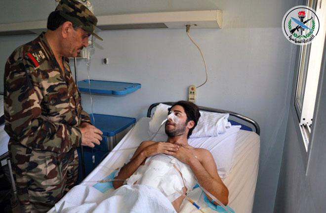 Photo of بتوجيه من الأسد.. الأسد يزور جرحى الجيش بمشفى يوسف العظمة