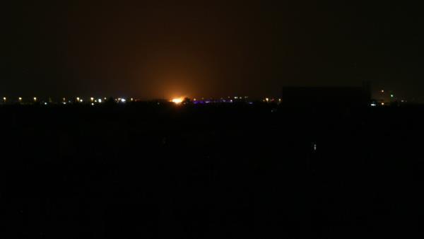Photo of أنباء متضاربة عن قصف اسرائيل محيط مطار دمشق الدولي