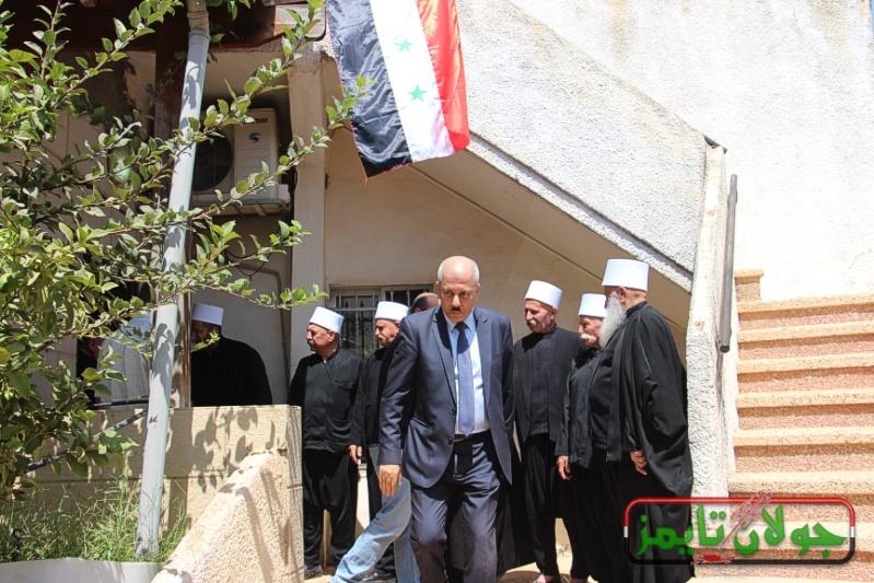 Photo of تغطية التلفزيون العربي السوري لزيارة الوفد الفلسطيني للجولان
