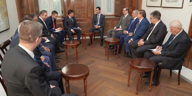 Photo of الأسد يستقبل وفداً اقتصادياً روسيا