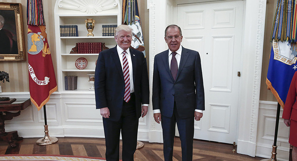 "Photo of لافروف: الحديث عن خطة ترامب للخروج من الاتفاق النووي مع إيران ""شائعات"""