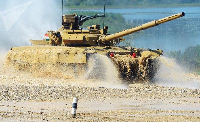 "Photo of دبابات ""أبرامز"" تدخل أراضي سوريا"