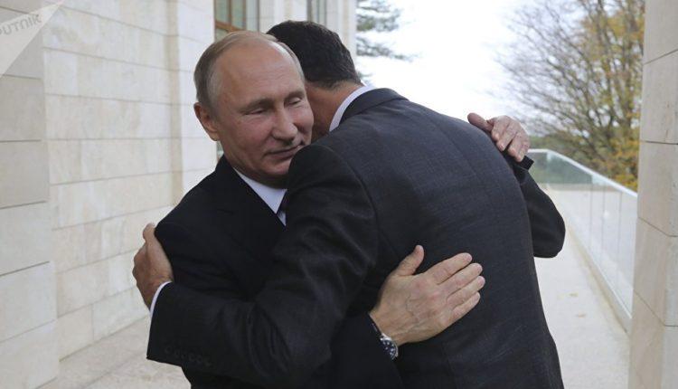 Photo of صورة معانقة بوتين لأسد تثير غضب الخارجية الامريكية