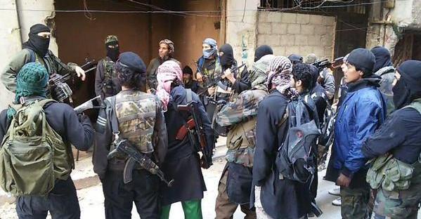 Photo of داعش يأكل نفسه في مخيم اليرموك