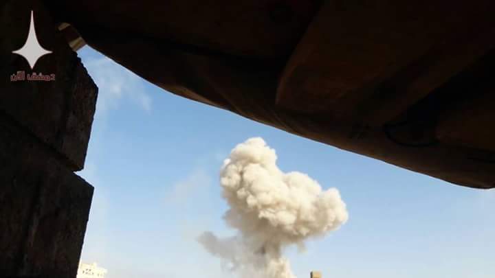 Photo of صليات صاروخية على جوبر وعين ترما