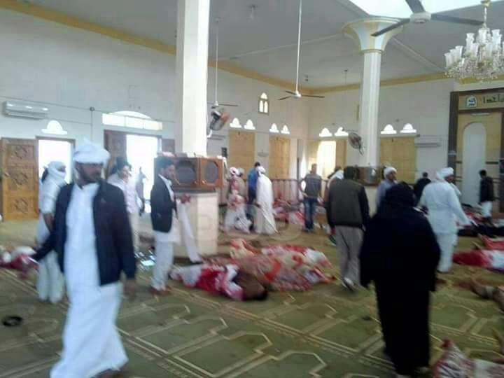 Photo of مصر تعلن الحداد ثلاثة بعد استشهاد ٢٣٥ مصرياً بتفجير إرهابي