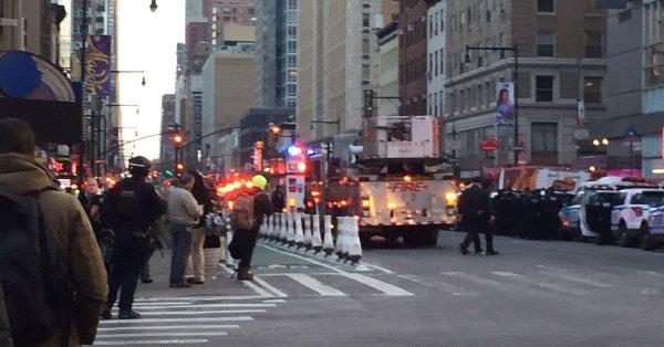 Photo of انفجار في مانهاتن وسط نيويورك واعتقال المنفذ