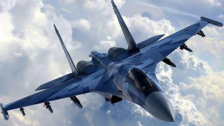 "Photo of ""سو-35"" تعترض ""F-22"" أمريكية وترغمها على مغادرة الأجواء السورية"