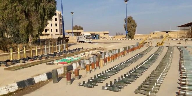 Syrian Army uncovers weapons and ammo left behind Daesh in Homs