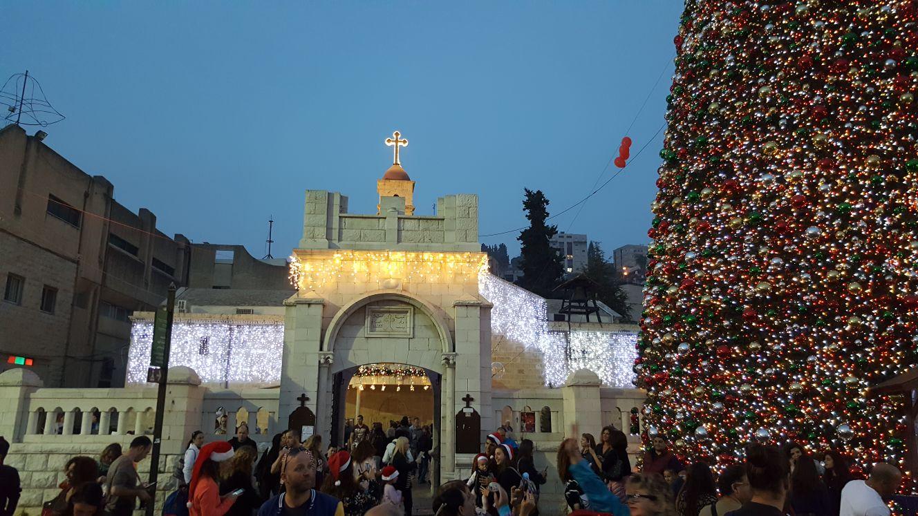 "Photo of زينة الميلاد بمدينة ""الناصرة"" بفلسطين المحتلة.. بشار السيد المسيح"