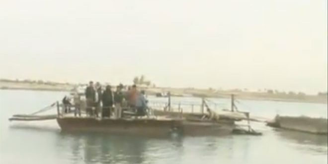 Photo of Deir Ezzor  city opens water passage on the Euphrates to help citizens return home