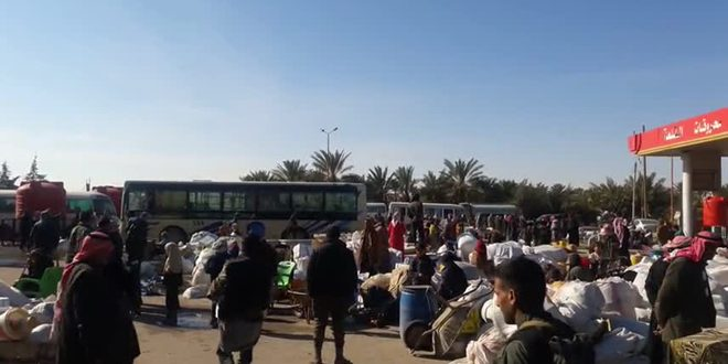 Photo of Tens of families return to their homes in countryside of Hama, Idleb and Aleppo
