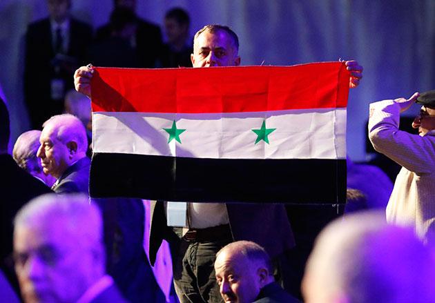 "Photo of ""علم سوريا"" يقهر المعارضة بـ سوتشي!"
