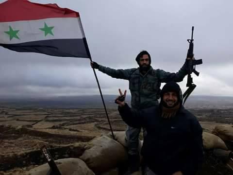 Photo of العلم السوري يرفرف في بيت جن و عودة المدنيين خلال أيام