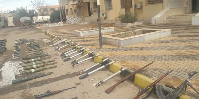 Photo of Israeli-made mines, poisonous materials and weapons seized in Deir Ezzor