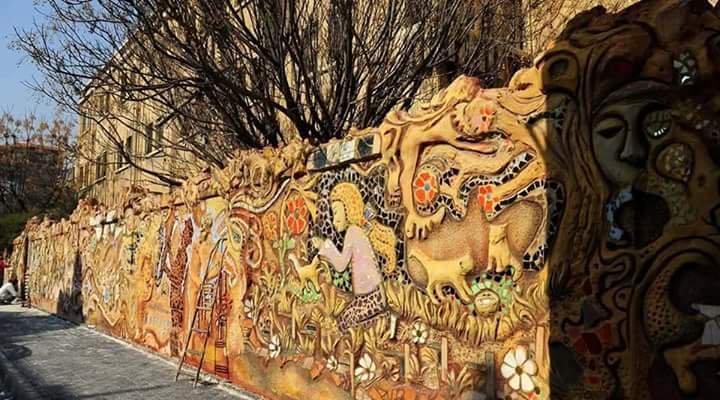 Photo of لوحات جدارية تٌزين دمشق