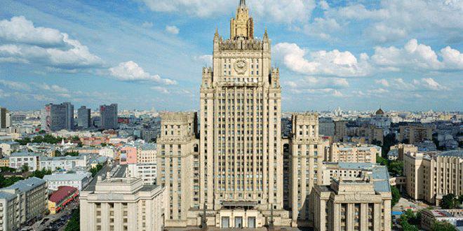 Photo of الخارجية الروسية تجدد رفضها للاتهامات الامريكية حول مسرحية الكيمائي
