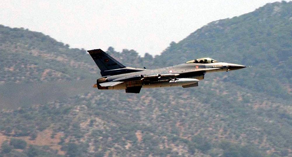 Photo of مقتل طيارين اثنين بتحطم طائرة عسكرية تركية