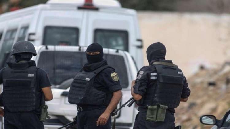 Photo of تونس تفكك شبكة لتسفير فتيات للمجموعات الارهابية بسوريا