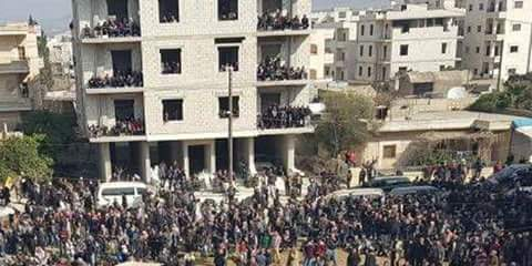 Photo of Thousands of Afrin's citizens take to the streets denouncing Turkish assault