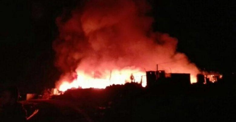 Photo of حريق بمخيم للاجئين السوريين في لبنان