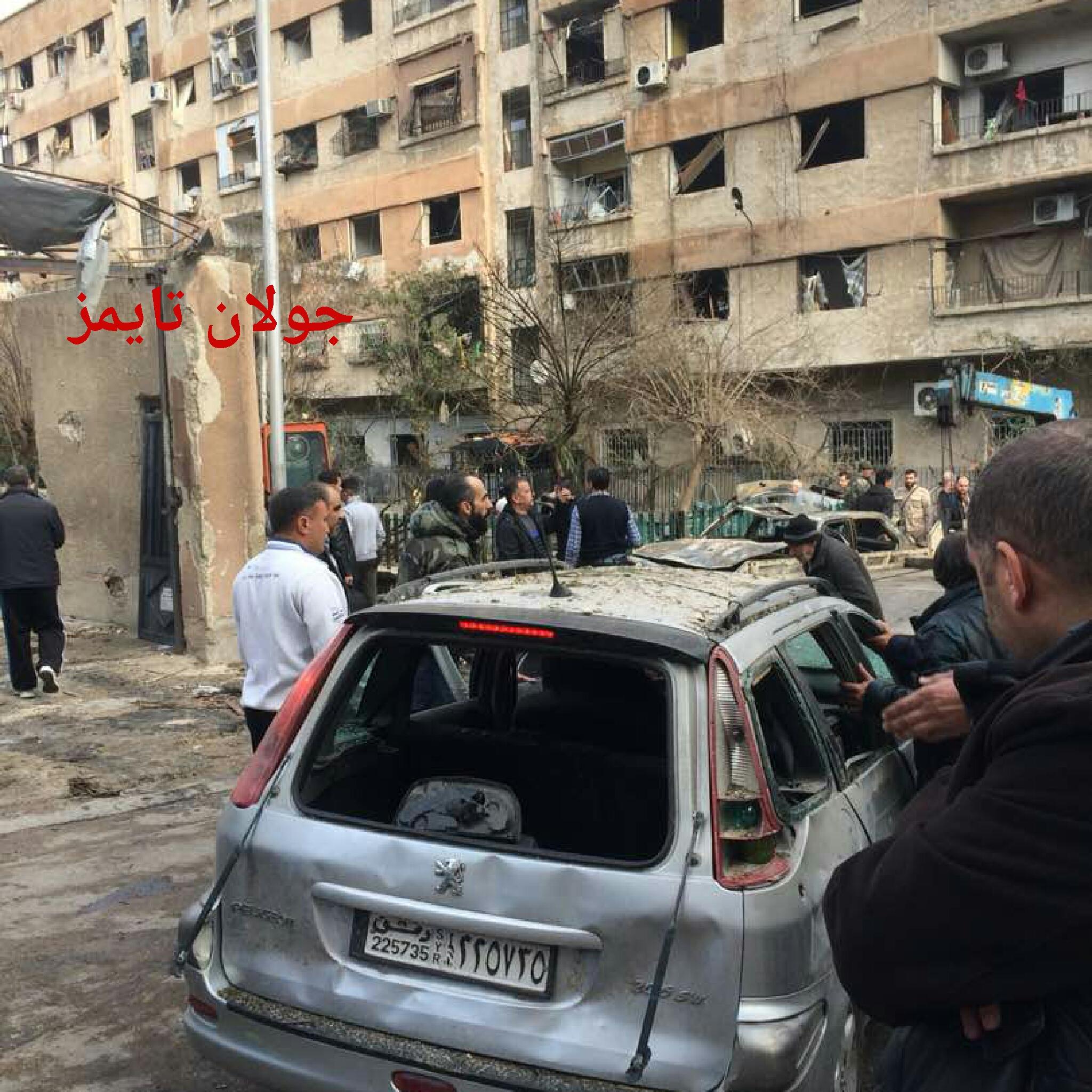 Photo of قذائف الغوطة ..أضرار كبيرة بمنازل المدنيين بركن الدين(صور)