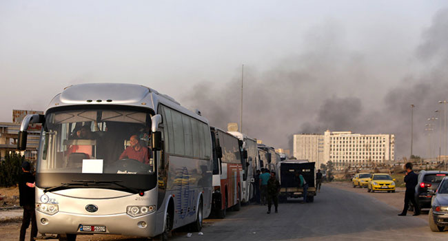 Photo of القبض على 36 رجلا وامرأة خرجوا بالأحزمة الناسفة من الغوطة