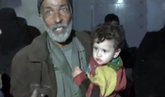 Photo of Syrian Army secures exit of many families from Eastern Ghouta