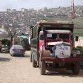 أول قافلة مساعدات إنسانية تصل عفرين