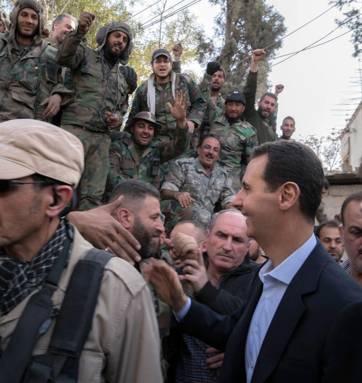 Photo of الأسد لأبطال الجيش: الشعب السوري يقدر انجازتكم الميدانية وانتصاركم