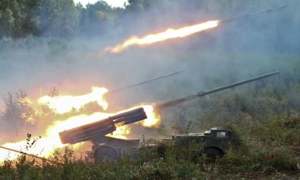 Photo of مع انتهاء المهلة .. الجيش استكمل استعداداته تمهيداً لبداية عملية تحرير دوما
