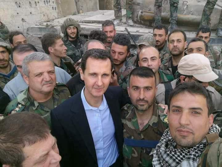 Photo of President al-Assad to Army heroes in Ghouta: Syrian people are pride of field victories you achieve to restore security to Homeland