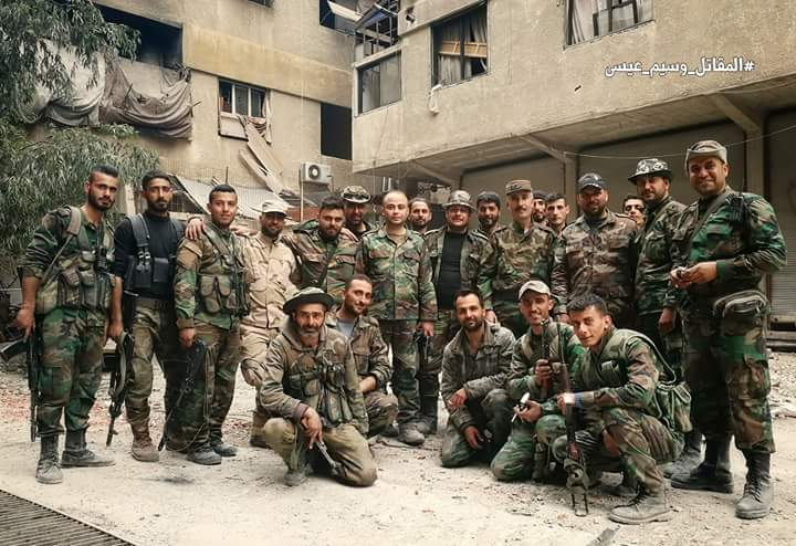 Photo of Syrian Army units prepare a new passage for evacuating gunmen and their families from Joubar